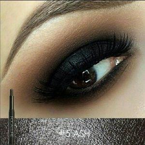 Great Make-up Essentials!